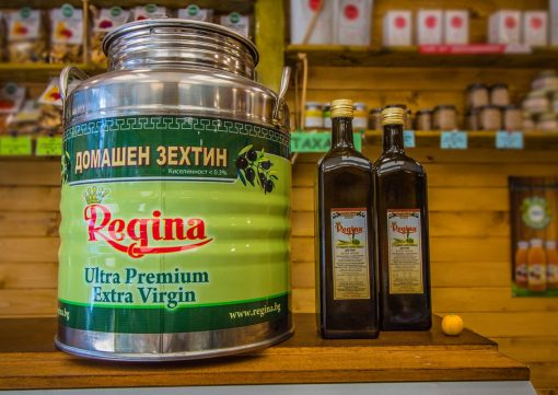 маслиново-масло-контейнер-и-разфасофки-от-1л-в-стъклена-бутилка